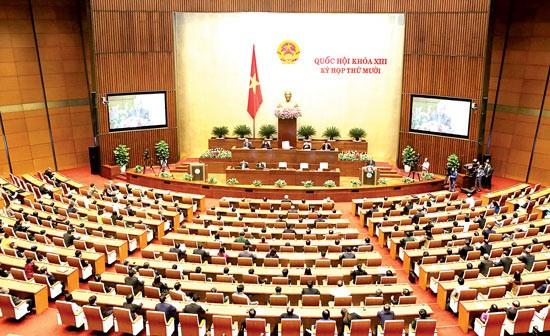 越南国会举行国际新闻发布会公布13届国会10次会议结果 - ảnh 1