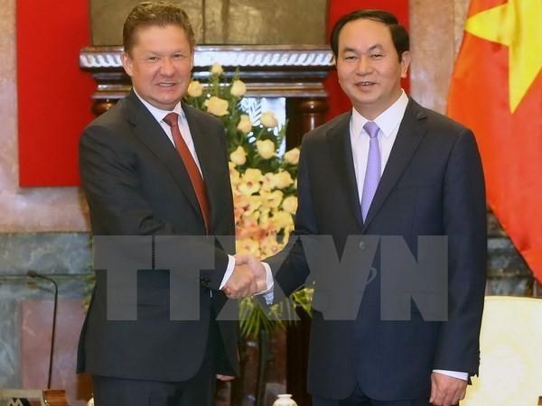 陈大光和阮春福会见俄罗斯天然气工业股份公司总裁米勒 - ảnh 1