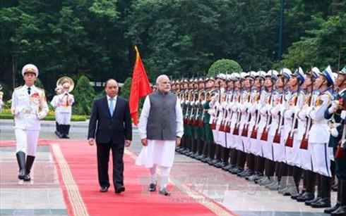 阮春福总理主持仪式欢迎印度总理莫迪访越 - ảnh 1