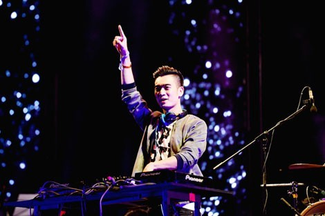 越南著名音乐制作人高文咏应邀在亚洲音乐节献艺 - ảnh 1