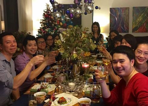 海外越侨欢度新年 - ảnh 1