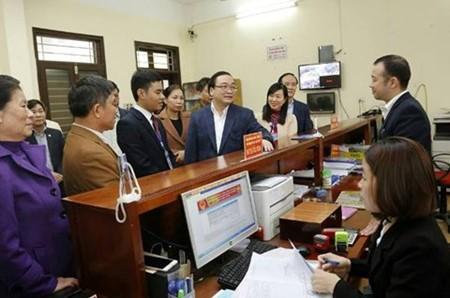 黄忠海:选择投资者  大力发展河内山西市卫星区 - ảnh 1