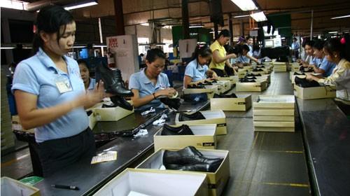 2017年越南皮鞋出口预计达180亿美元 - ảnh 1