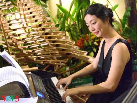 钢琴演奏家莫双双——越南的中国媳妇 - ảnh 1