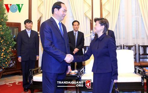 陈大光会见新加坡大使凯瑟琳·王 - ảnh 1