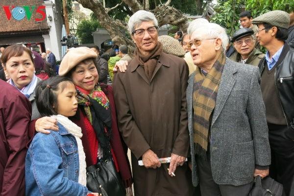 在文庙国子监举行的越南诗歌日活动的精彩瞬间 - ảnh 13