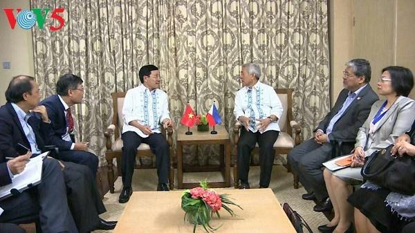 范平明会见菲律宾外长亚赛和印度尼西亚外长蕾特诺 - ảnh 1