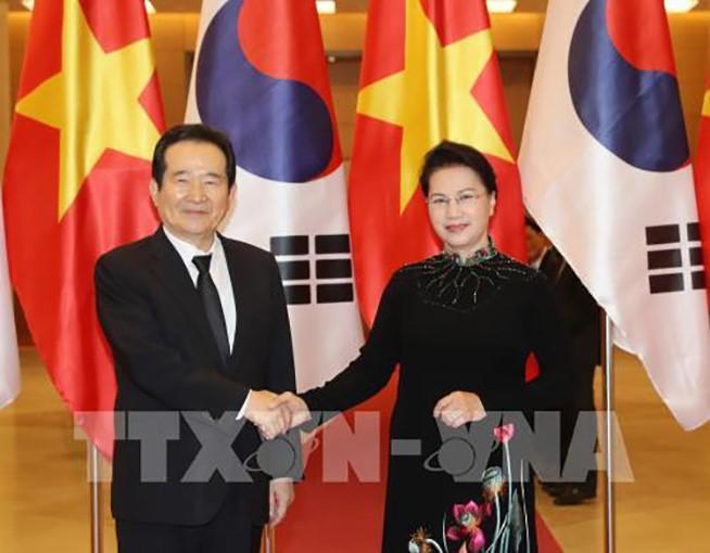 越南-韩国:经贸与投资领域的头等重要伙伴 - ảnh 1