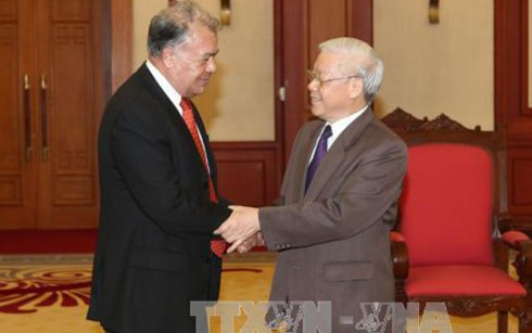 墨西哥劳动党主席阿尔韦托·安纳亚高度评价越南4.30大捷的意义 - ảnh 1