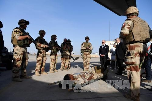 """伊拉克从""""伊斯兰国""""手中夺回摩苏尔市南部一些地区的控制权 - ảnh 1"""
