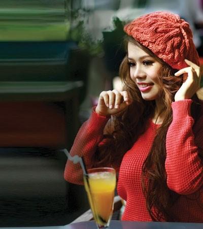 女歌手黄明英和她的歌 - ảnh 1