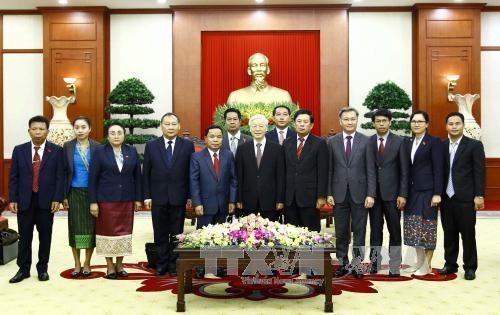 阮富仲会见老挝人民革命党代表团 - ảnh 1