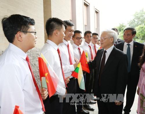 阮富仲同缅甸总统吴廷觉举行会谈 - ảnh 1