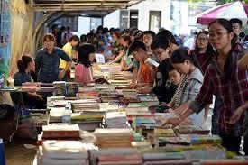 胡志明市举行庆祝11.20越南教师节的图书节活动 - ảnh 1