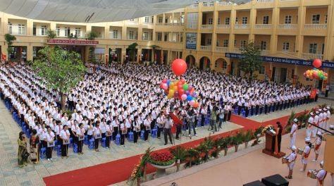 La rentrée scolaire organisée au collège Le Quy Don - ảnh 1