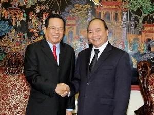 Nguyen Xuan Phuc reçoit le ministre cambodgien des Affaires Sociales - ảnh 1