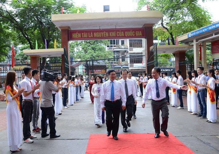 More than 22 million students attend new school year ceremonies - ảnh 3