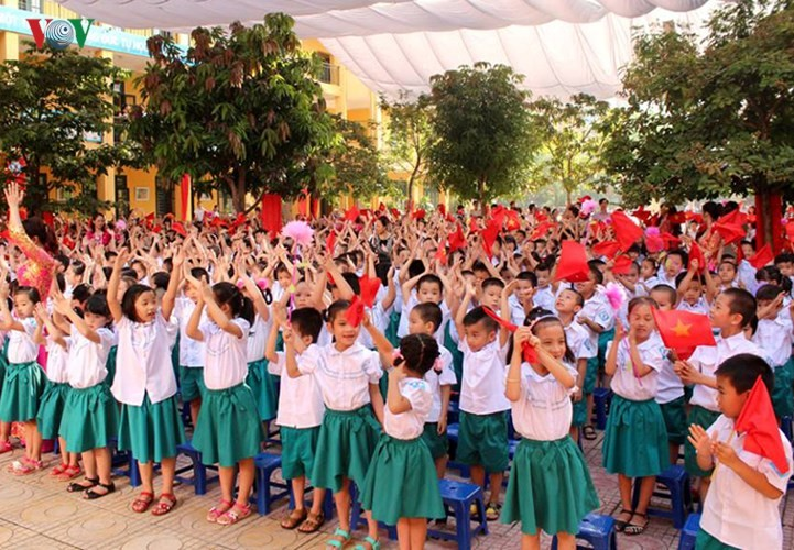 More than 22 million students attend new school year ceremonies - ảnh 1