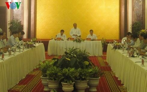 Deputy PM Nguyen Xuan Phuc works with Quang Ninh authority - ảnh 1