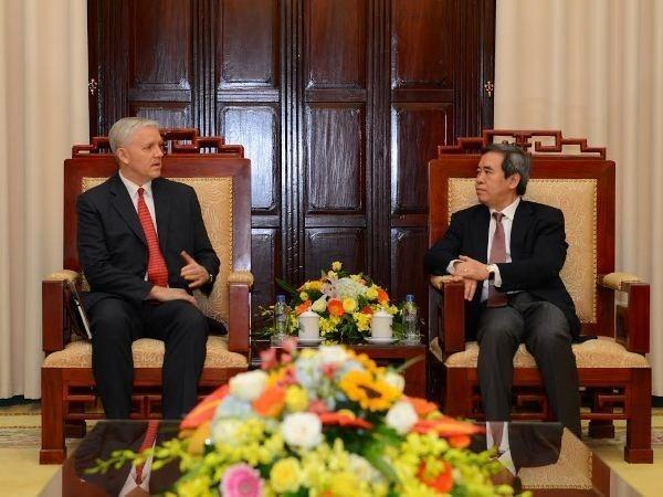 Vietnam, ADB cooperate for mutual growth - ảnh 1