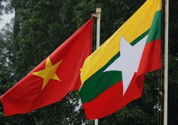 Deputy Foreign Minister Vu Hong Nam works with Myanmar's Foreign Ministry - ảnh 1