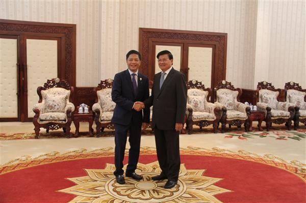 Lao Prime Minister calls for Vietnamese investment  - ảnh 1