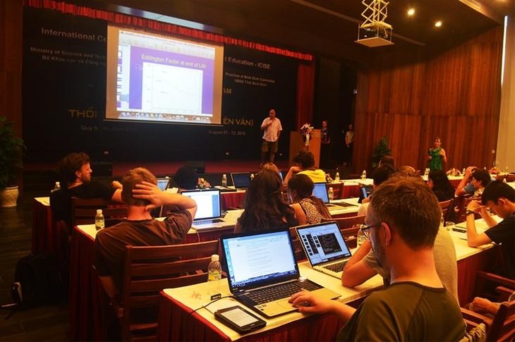 International Physics Conference opens - ảnh 1