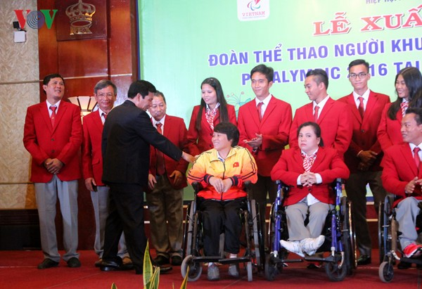 Vietnam's athletes with disability depart for Brazil Paralympics - ảnh 2