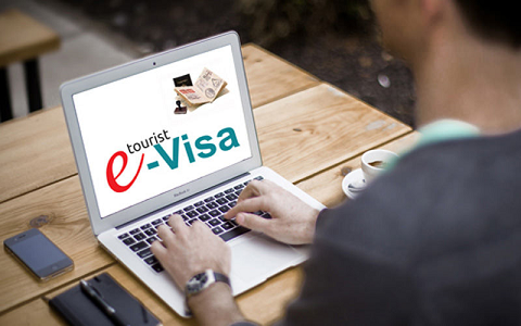 Piloting electronic visa issuance for foreigners  - ảnh 1