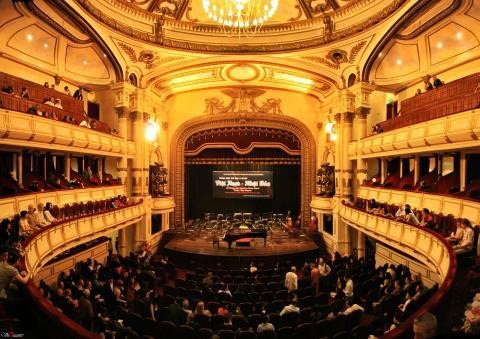 Hanoi Opera House opens for tourists - ảnh 2