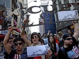 """Demonstrasi memperingati setengah tahun meledaknya gerakan """"The Occupy Wall Street"""