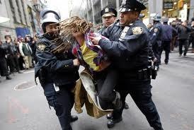 "AS menangkap banyak peserta demonstrasi ""Occupy Wall Street"" - ảnh 1"