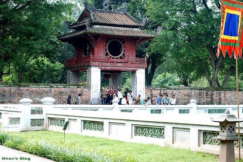 Konservasi dan Pengembangan nilai cagar sejarah dan kebudayaan di Vietnam - ảnh 3