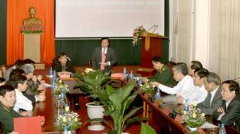 MN mengawasi beberapa masalah spesialis di bidang pertahanan dan keamanan di daerah Vietnam Selatan - ảnh 1