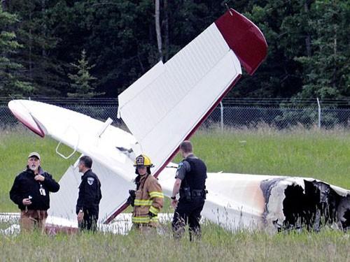 Kecelakaan pesawat terbang di Amerika Serikat menewaskan banyak orang - ảnh 1
