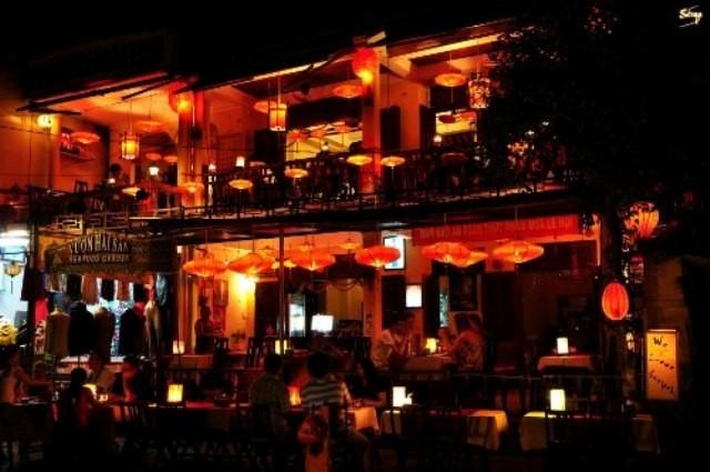 Suara malam bulan purnama di kota lama Hoi An - ảnh 3