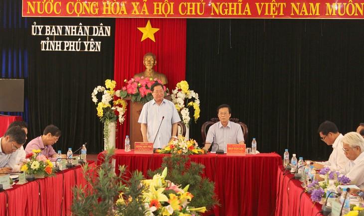 Rombongan kerja Komite urusan Etnis melakukan kunjungan kerja di provinsi Phu Yen - ảnh 1