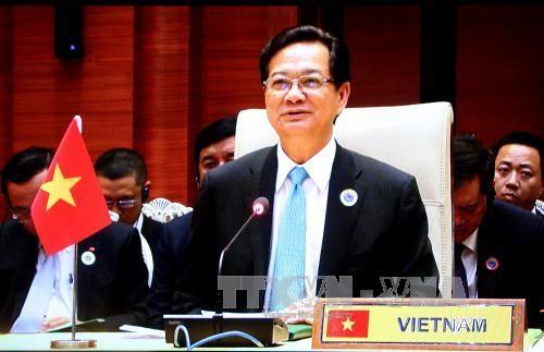 PM Nguyen Tan Dung menghadiri banyak peristiwa investasi Vietnam ke Myanmar - ảnh 1
