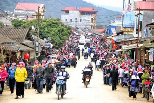 Hari Raya Tet dari warga etnis Mong di kabupaten Meo Vac, provinsi Ha Giang - ảnh 1