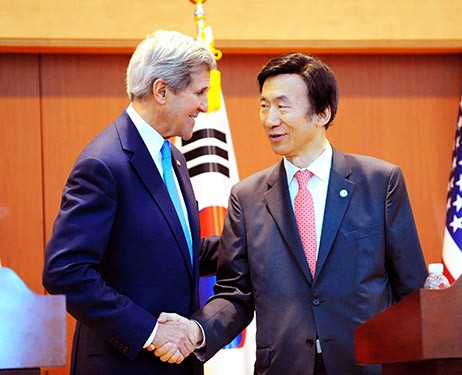 Republik Korea dan Amerika Serikat mendorong perundingan 5 pihak tentang masalah nuklir RDR Korea - ảnh 1