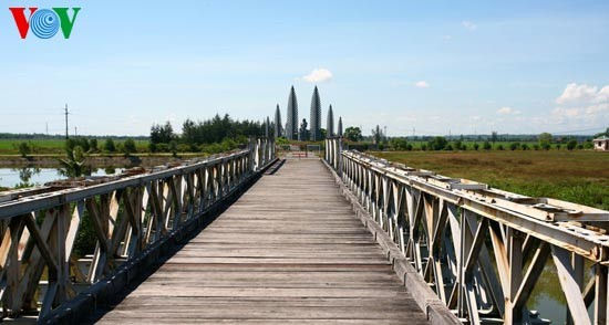 Hien Luong Bridge – everlasting desire for national reunification  - ảnh 3