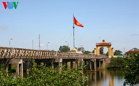 Hien Luong Bridge – everlasting desire for national reunification  - ảnh 6