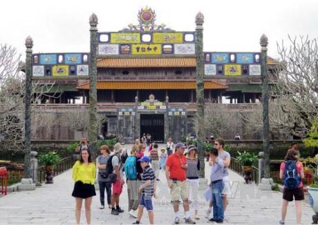 今年初越南共接待一百万人次国际游客 - ảnh 1