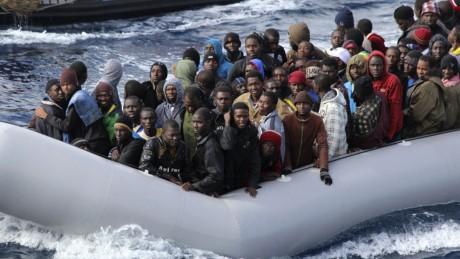 意大利加大驱逐非法移民力度 - ảnh 1