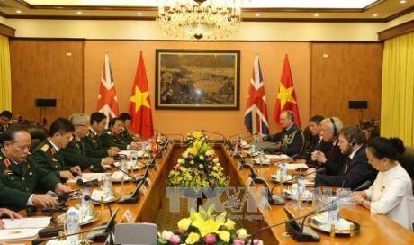 推动越南与英国的防务合作 - ảnh 1
