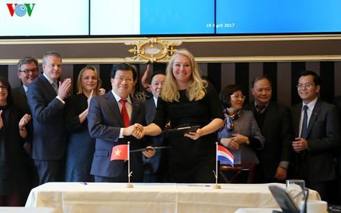 推动越南与荷兰在应对气候变化和水资源管理领域的合作 - ảnh 1