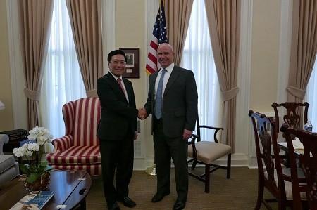 越南政府副总理兼外交部长范平明对美国进行正式访问 - ảnh 2