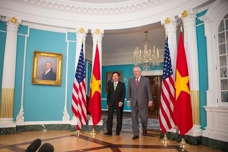 越南政府副总理兼外交部长范平明对美国进行正式访问 - ảnh 1