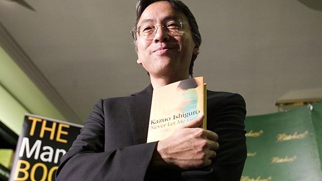 日裔英国籍作家石黑一雄荣获2017年诺贝尔文学奖 - ảnh 1