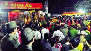 Stempelfest am Tran-Tempel in Nam Dinh  - ảnh 1